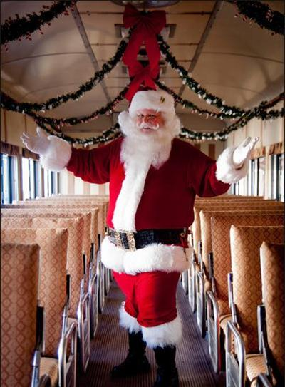 2013 - Santa onboard excursion car